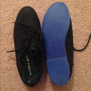 Blue bottom Steve Madden oxfords