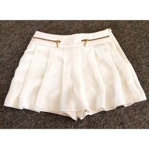 ZARA BASIC White Skort w/ Zippers
