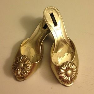 Bally kitten heels gold slip on