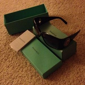 Tiffany & Co. Accessories - Brand new Tiffany & Co sunnies