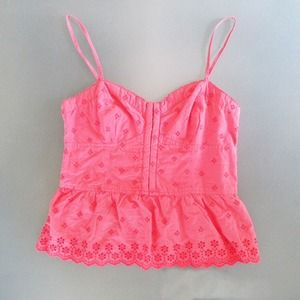 American Eagle Outfitters Tops - Coral eyelet lace peplum tank