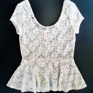 No Boundries Tops - White lace peplum top
