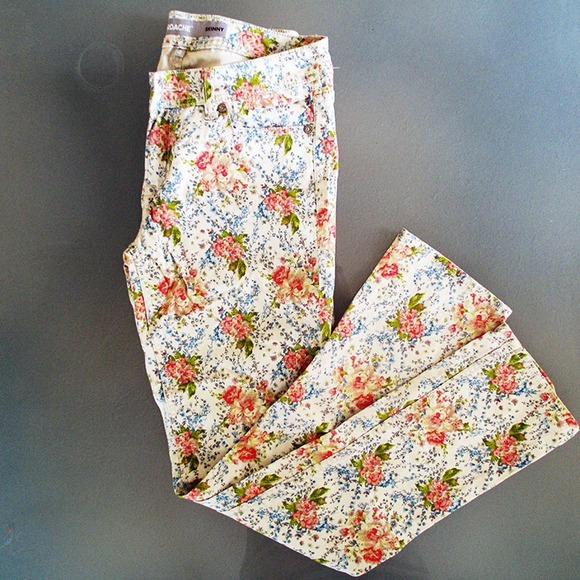 Jeans - Floral Skinny Jeans
