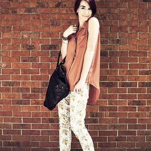 Denim - Floral Skinny Jeans