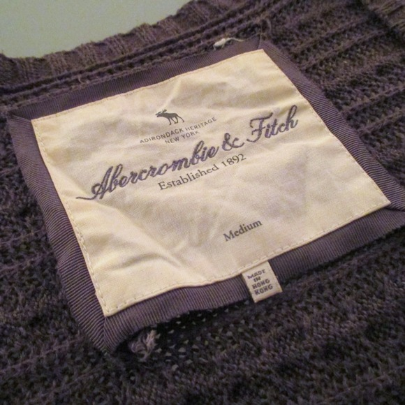 Abercrombie & Fitch Sweaters - Cropped knit cardigan