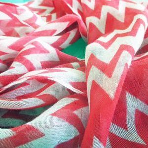 Accessories - Watermelon chevron scarf
