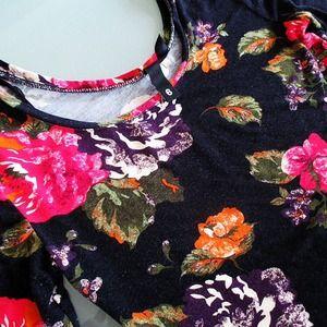 H&M Dresses - Floral bodycon dress