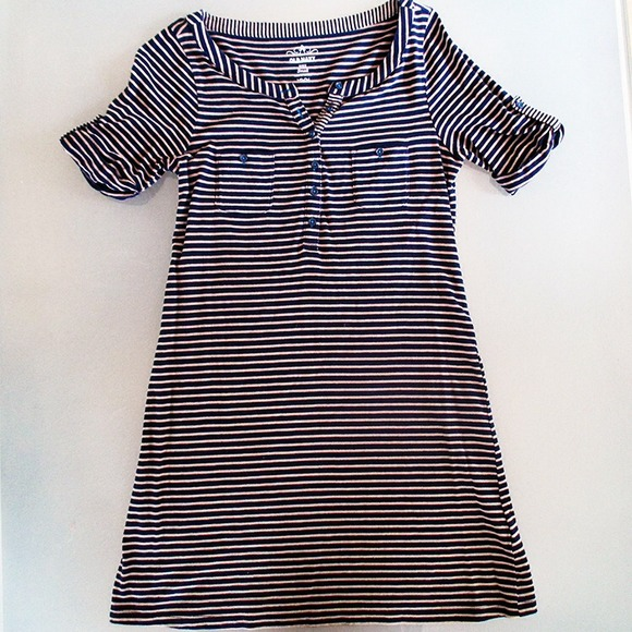 Old Navy Dresses & Skirts - Stripe quarter sleeve dress