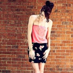 Old Navy Tops - Coral strapless tank