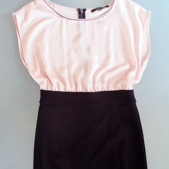 Forever 21 Dresses - Pink and black dress