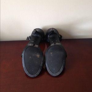 Shoes - Black sandals.