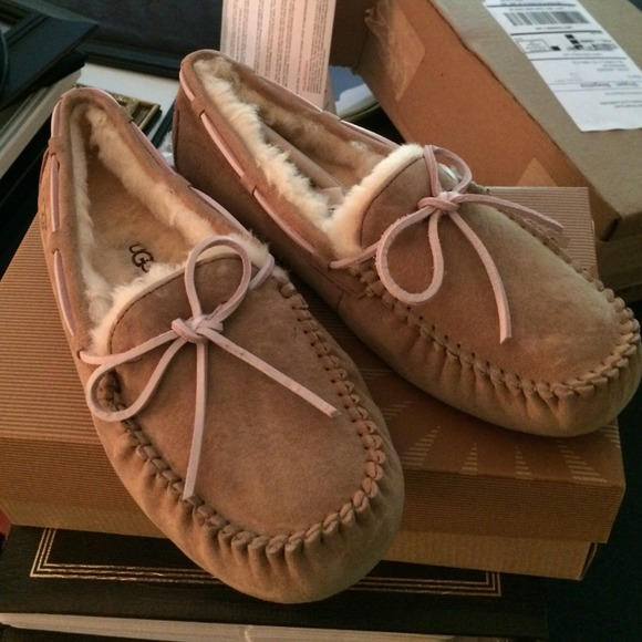 ugg dakota tobacco sale
