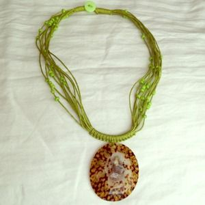 Green hemp & seashell necklace