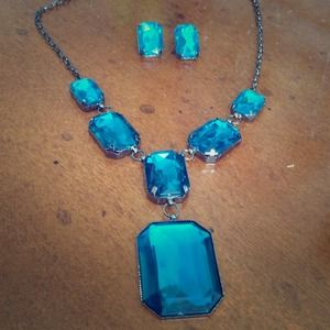 Teal stone necklace/earring combo set