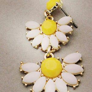 Jewelry - :) white-Yellowstone earrings gold tone:)