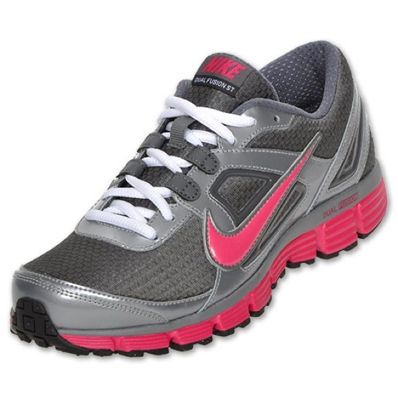 Nike Dual Fusion ST Gray and Hot Pink. M 53a9cd4888e3c605bc329a69 20d7d29019
