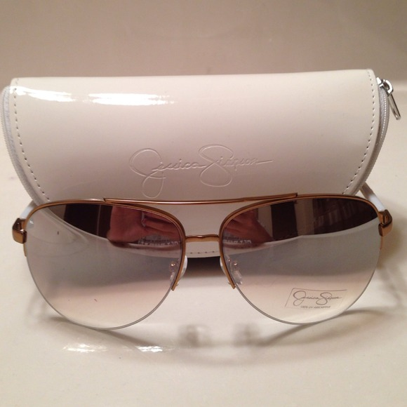 6fd7e4e39d Jessica Simpson sunglasses and case
