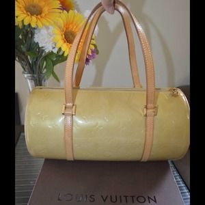 % Authentic Louis Vuitton Papillon 30