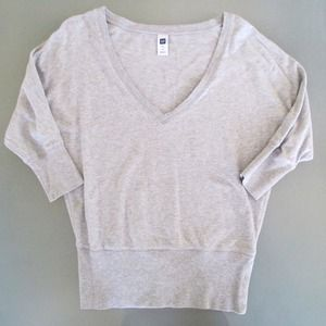 GAP Tops - Grey sweatshirt