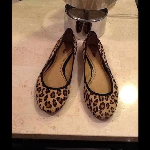 e88b9a640acb BP. Shoes | Bp Nordstrom Leopard Flats Sz 75 On Hold | Poshmark