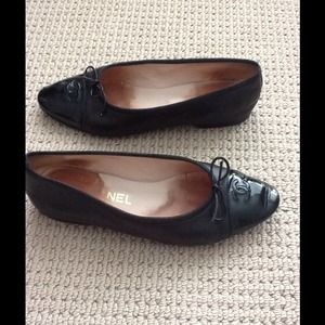 Chanel Black Ballet Flats size 40 or 10!!!