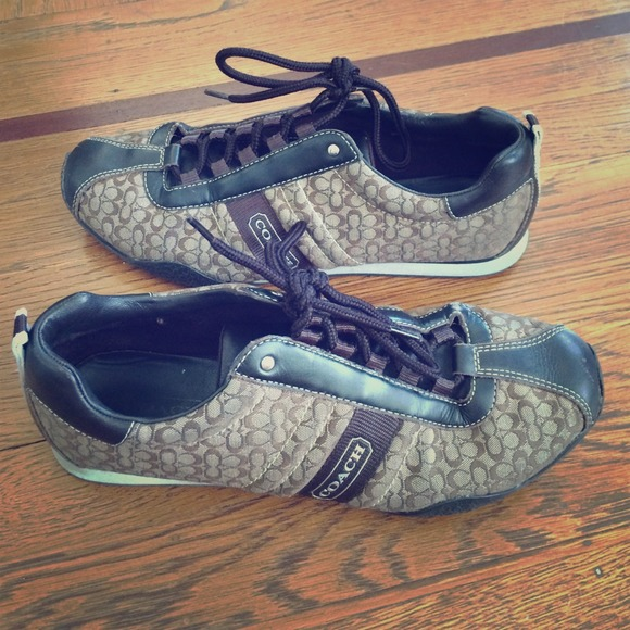coach sz 9 brown coach tennis shoes 100 authentic from