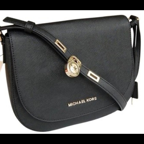 a0109893fd81f Authentic Michael Kors Hamilton crossbody bag. M 53ab3e2f94c7de782e420470