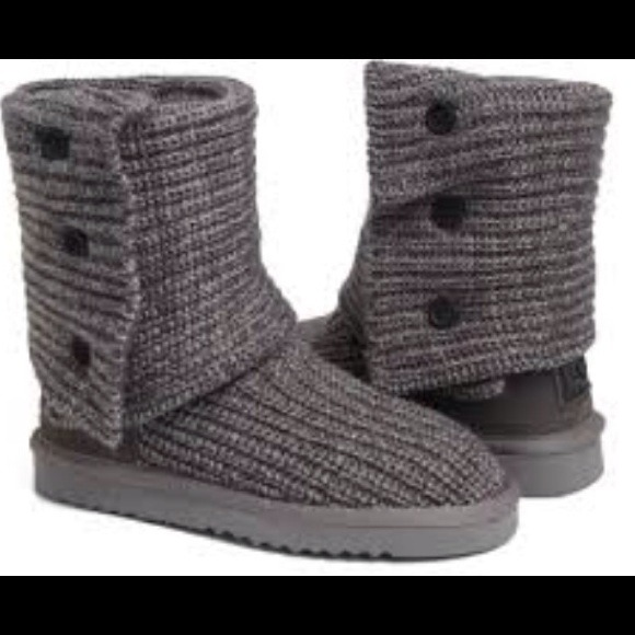 Knitted Grey Uggs Mount Mercy University