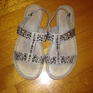 Frye size 6 sandals worn once!!