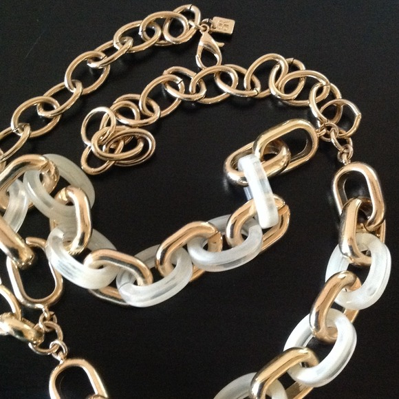 Banana Republic Jewelry - NEW gold link necklace, banana republic.