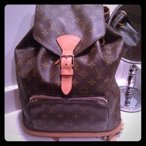 Louis Vuitton Handbags - Authentic Louis Vuitton Montsouris Backpack GM