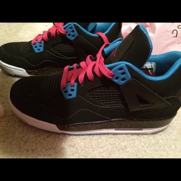 915a421ee8fe Nike Air Huarache Black Grey Rainbow Sample