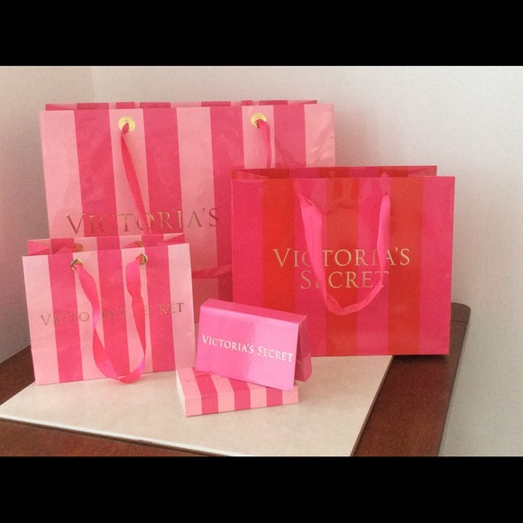 Victoria's Secret - Victoria's Secret gift bags & gift card box ...