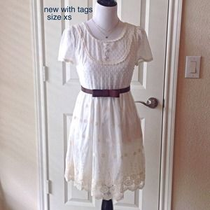 boutique. Dresses & Skirts - NWT, ivory chiffon/lace. Adorable & fully lined