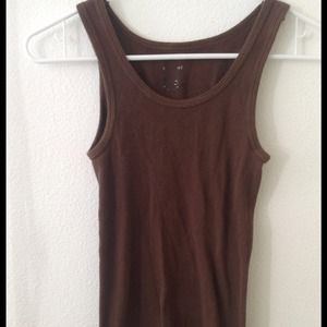 Tops - Basic essential brown top