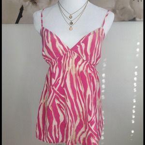 Express Tops - Flirty hot pink flowy top