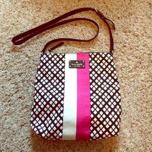 kate spade Bags - Kate Spade Crossbody