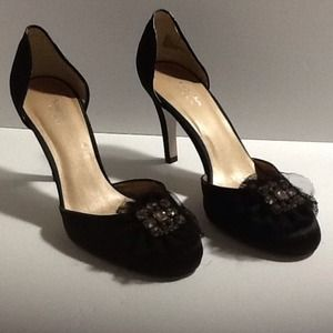 Vera Wang satin shoes