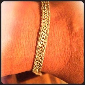 100% sterling silver beautiful bracelet