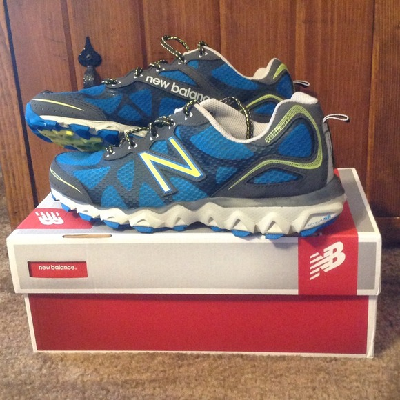 naprawdę wygodne oficjalny sklep najlepiej autentyczne New Balance womens 710v2 Trail Running shoe