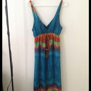 Dresses & Skirts - Cute maxi dress for short girls 😛