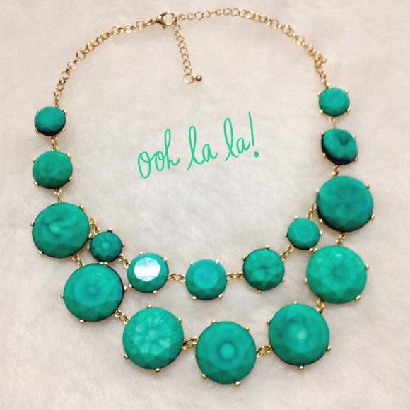 🔴SOLD🔴Authentic Tasha Mint Bubble Necklace!