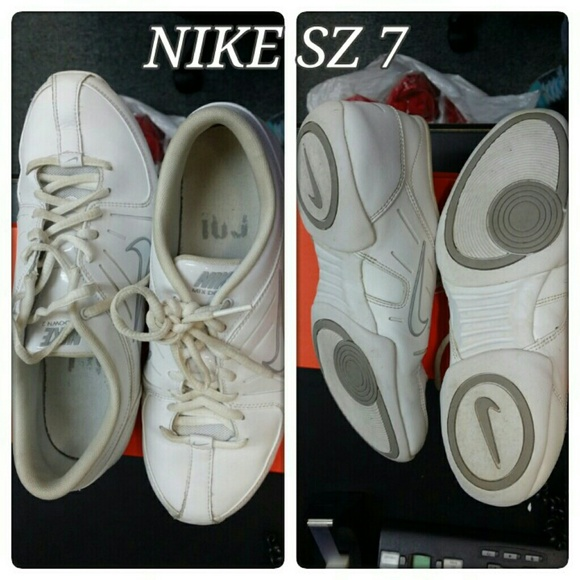 Nike Air Mix Down Ii Cheer Shoes Reviews