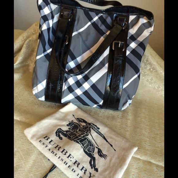 ce0c348f75f4 Burberry Handbags - Burberry black cream plaid tote bag