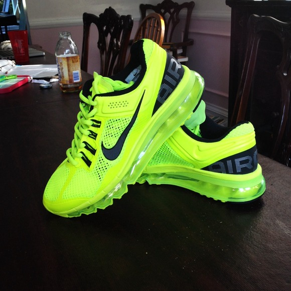 neon yellow nike womens shoes