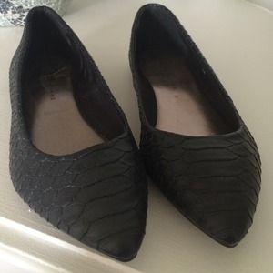 "Dorothy Perkins Shoes - ""Snake skin"" black flats from Dorothy Perkins!"