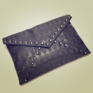 Oversized Black Skull Envelope clutch