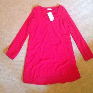 TOBI dress. Red long sleeve v neck