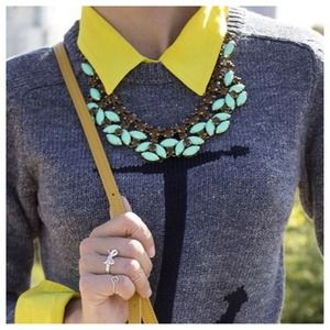 Jewelry - Gorgeous Mint Necklace 1