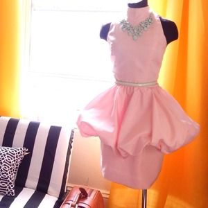 Dresses & Skirts - Vintage Peplum Dress